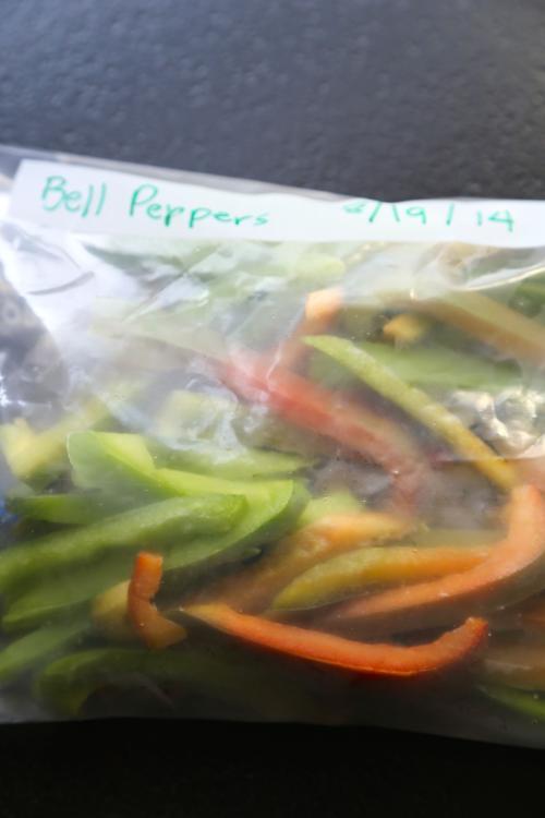 store frozen peppers in freezer bags