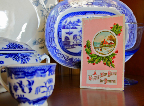 Vintage Christmas Card, Blue willow china