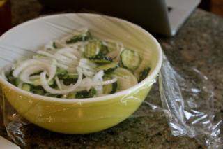 Yellow pyrex mixing bowl